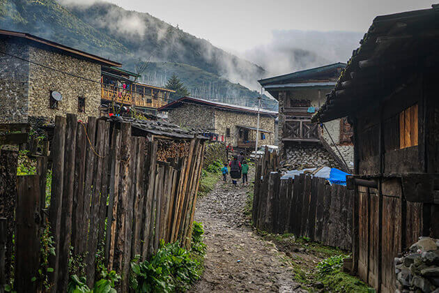 Off-the-Beaten-Track-Bhutan-Tour 9 days