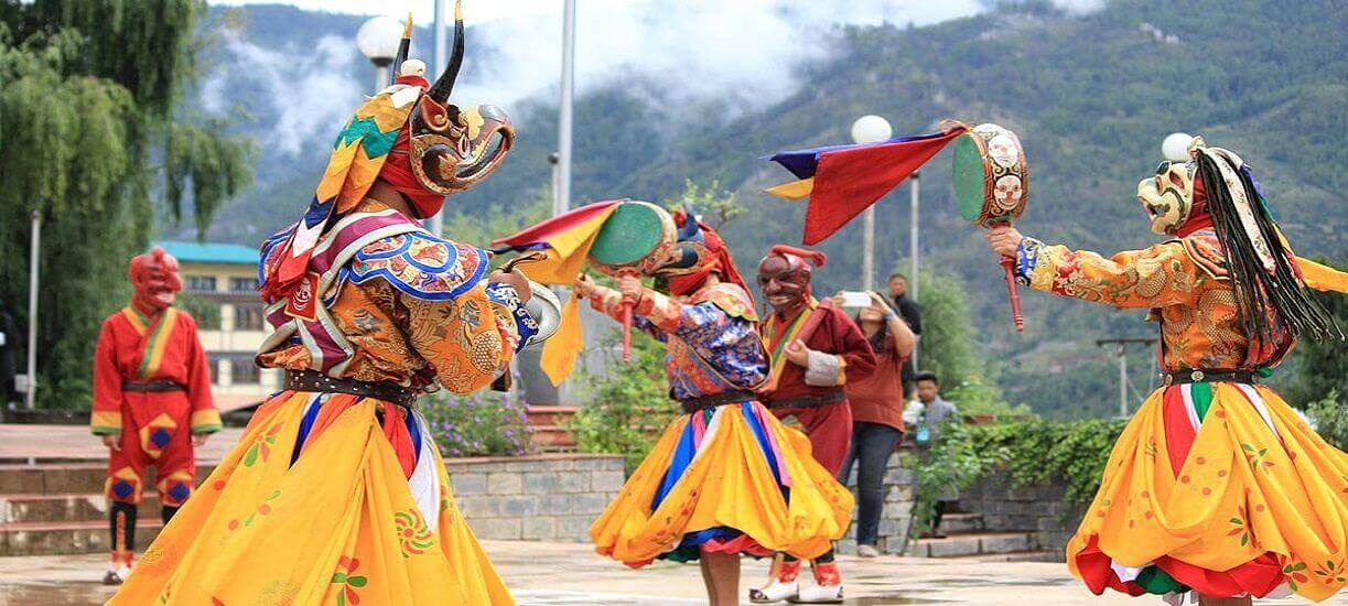 festivals - best thing do see in bhutan
