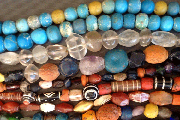 The Himalayan Beads - Bhutan Souvenirs