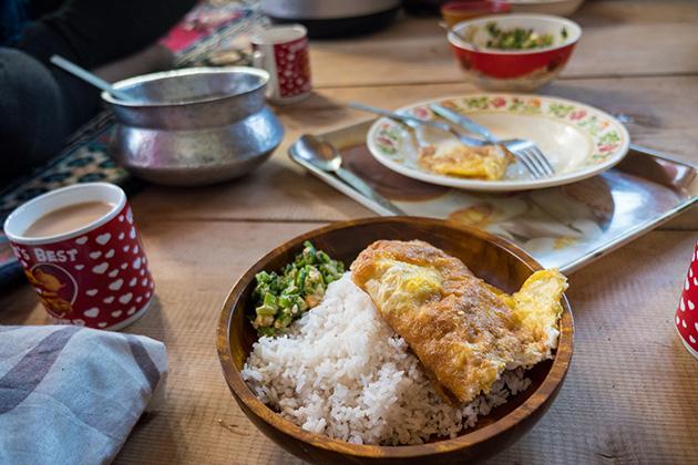 Bhutan etiquettes in dining