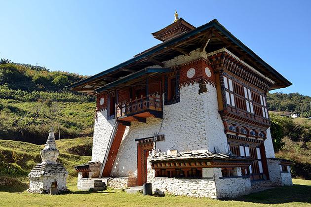 Yakang Lhakhang monastery - bhutan family tour itinerary