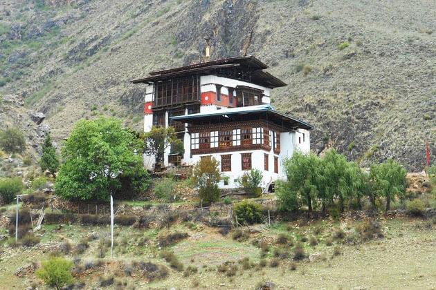 tachogang_lhakhang - bhutan cycling tour