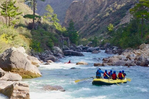 Rafting Bhutan - things to know about bhutan before visiting