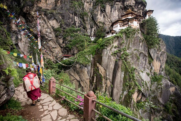 paro - things to know before visiting bhutan