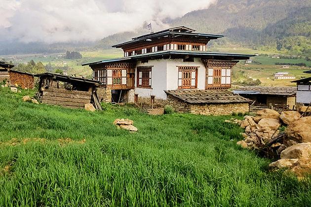 bhutanese farm house - paro festival tours