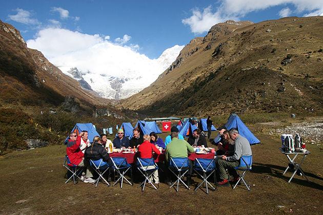 Jomolhari mountain - trekking tour in bhutan