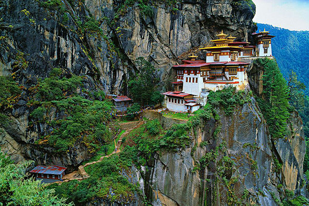 tigers nest - thimphu tsechu festival itinerary packages