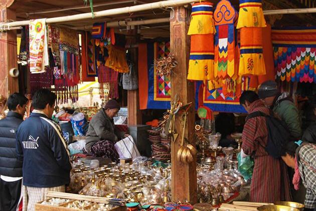 Local Crafts Bazaar - best sight seeing in bhutan