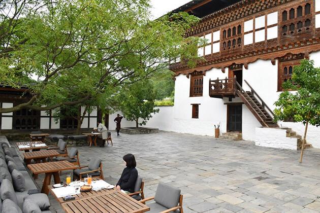 amankora bhutan tour itineraries - amankora lodge