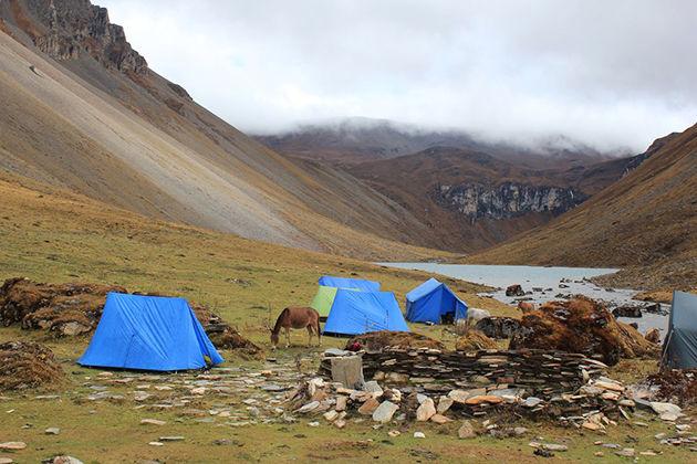 jomolhari trek - bhutan trekking holidays