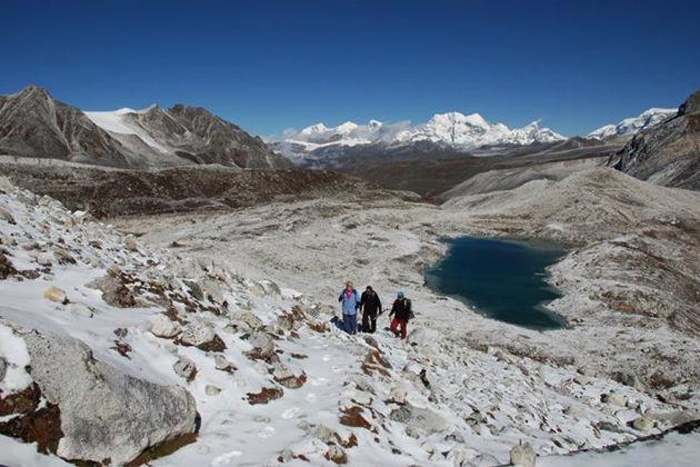 snowman trek - bhutan trekking tours