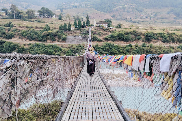 suspension bridge - bhutan adventure tours