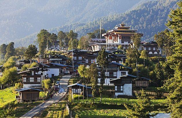 Gangtey - place to visit bhutan family tour