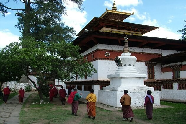 kyichu lhakhang history