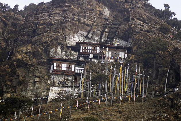 1 week in bhutan