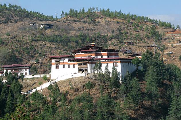 Semtokha Dzong - bhutan 1 week itinerary
