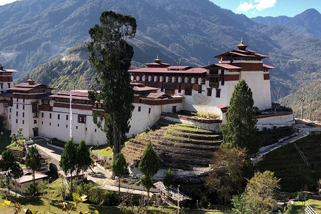 trongsa - bhutan honeymoon
