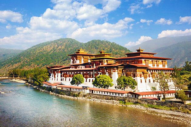 Punakha Dzong - bhutan 2 weeks
