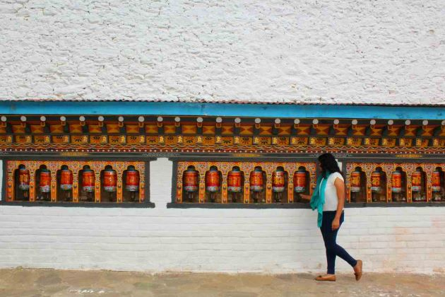 go bhutan tours welcome international tourists
